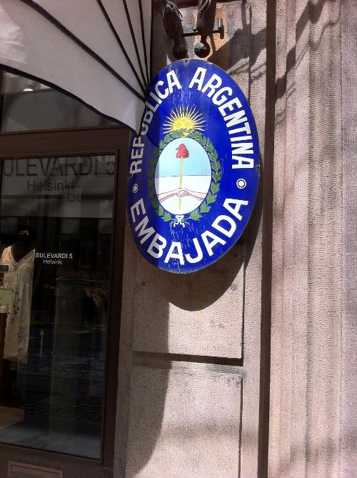 Botschaftsschild Argentinien