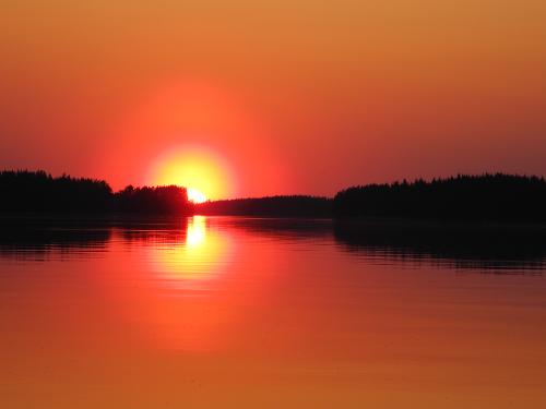 Finnischer Sonnenuntergang am Kallavesi